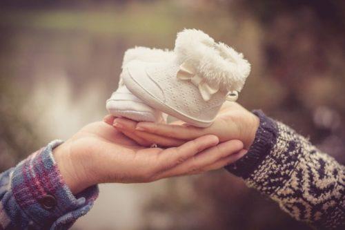 Що потрібно знати про народження дитини в Польщі для українців